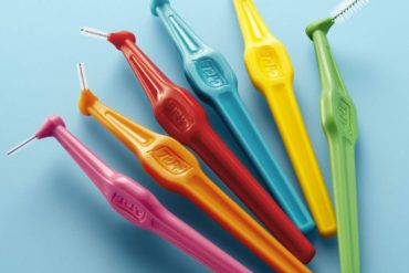 7 Best Interdental Brushes to Keep Your Teeth Healthy (2021)