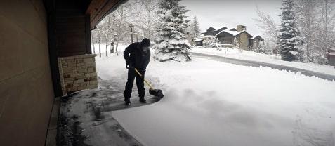 12 tips snow shovel firstTip9
