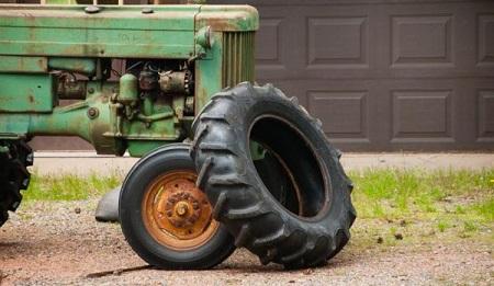 Tractor tyre14