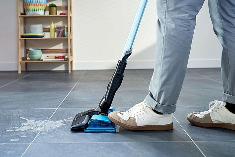 Vacuuming liquid1