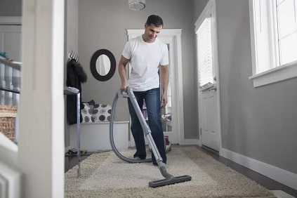 8 Things You Shouldn't Do to Your Vacuum Cleaner (2021)